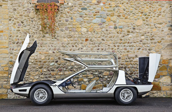 Lamborghini Marzal profil
